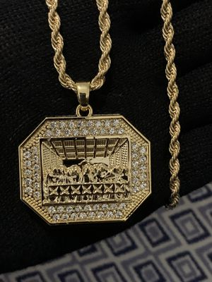 Octagon Last Supper Charm and rope chain for Sale in Los Angeles, CA
