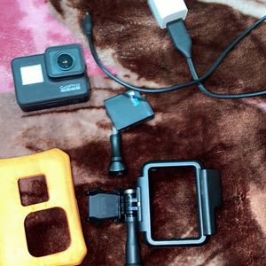 GoPro Hero 7 Black (brand New ) for Sale in Stockton, CA