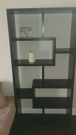 Matching large black wood bookshelves from American signature furniture. Like new Condition! for Sale in Tampa, FL