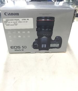 Canon EOS 5D Mark III Digital Camera for Sale in Riverside, CA