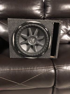 Kicker cvx 12 inch speaker for Sale in Bensenville, IL