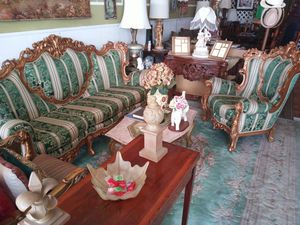 Going out of business, Luxurious and Beautiful Antique Furniture on sale for Sale in North Miami Beach, FL