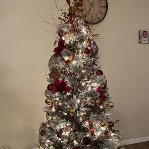 Tree Decorater for Sale in Kissimmee, FL