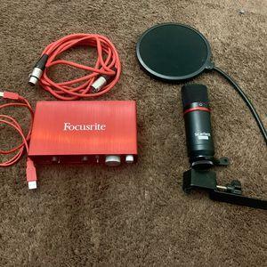 Focusrite Scarlett 2i2 + Mic + Pop Filter for Sale in Los Angeles, CA
