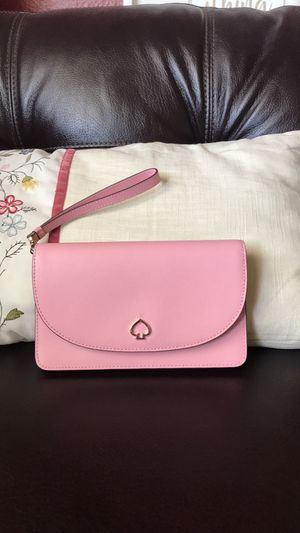 NWT Kate Spade Adel Small Multifunctional Wristlet/Wallet Pink WLRU5844 $149 gift box upon request only for Sale in Carlsbad, CA