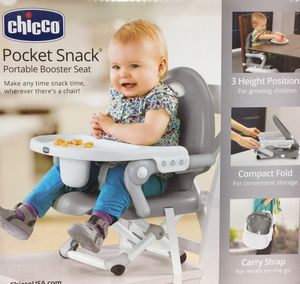 CHICCO ——. CHAIR & BOOSTER SEAT for Sale in Bakersfield, CA