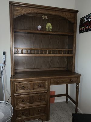 "Two Piece Wooden Desk 6'2""H x 3'10""L x 1'2""W for Sale in Santa Clara, CA"