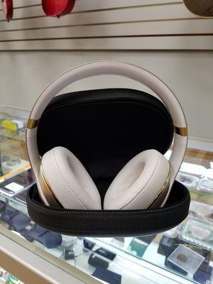 Beats Studio 2.0 Wireless w/ Case for Sale in Framingham, MA