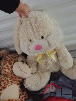 Too many stuffed animals and a few toddler toys/games for Sale in Murray, UT