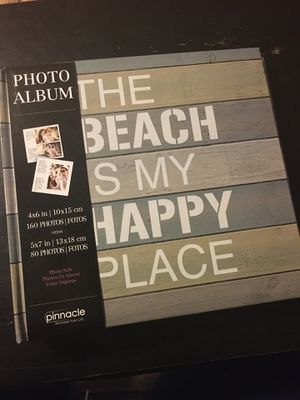 """NWT Pinnacle Photo Album """"The Beach is My Happy Place"""" 4x6 or 5x7 for Sale in Fort Worth, TX"""