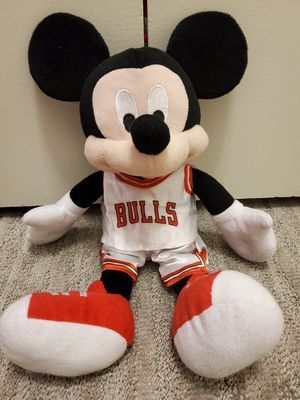 Rare Disney NBA Mickey Mouse Chicago Bulls Jersey/Shorts Plush Toy Collectible for Sale in Elk Grove Village, IL