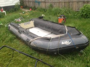Achilles 4 man inflatable boat for Sale in Pittsburgh, PA