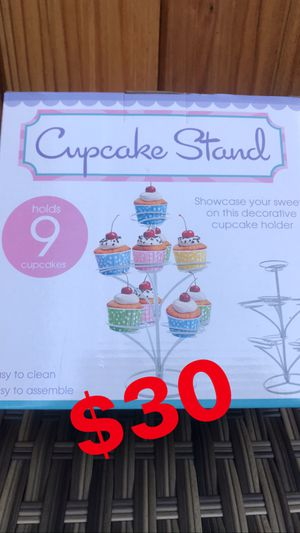 THREE TIER CUPCAKE STAND 🧁 for Sale in Los Angeles, CA