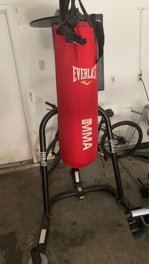 Boxing bag, stand and speed bag for Sale in Las Vegas, NV