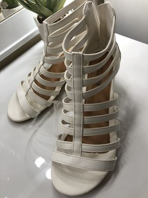 White Small wedges size 7.5 for Sale in Las Vegas, NV