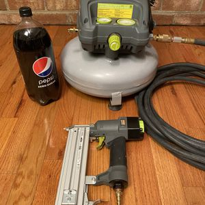 Craftsman Evolve 3 Gallon Compressor With Brad Nailer for Sale in Richmond, VA
