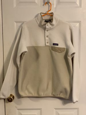 Patagonia Lightweight Synchilla Snap-T Pullover (Women's size large) Tan/Cream for Sale in Kirkwood, MO