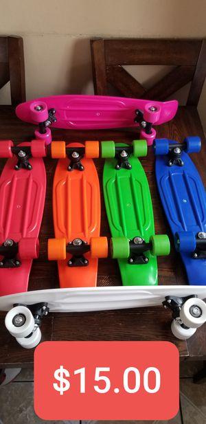 New Kids Plastic Skateboard 22in x 6in , Patinetas Nuevas de Plastico para niños de 22in x6in, Penny Skateboard style for Sale in South Gate, CA