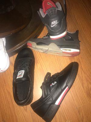 Filas retro 6 1/2 Air Jordan size 5 y for Sale in Chicago, IL