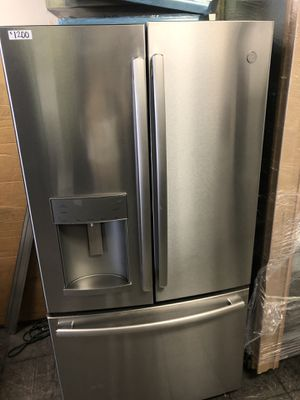 GE Stainless Steel French 3 Door Refrigerator for Sale in Los Angeles, CA