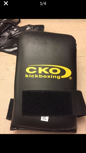 CKO kickboxing gloves for Sale in Laguna Beach, CA
