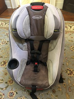 Rear and forward facing car seat for Sale in Charles City, VA