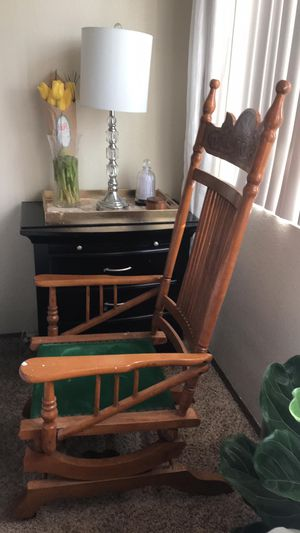 Sturdy Antique Glider rocking chair for Sale in Chula Vista, CA