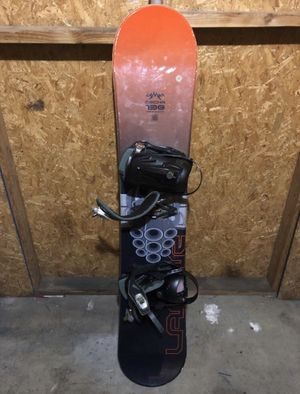 138 Snowboard and Bag for Sale in Chula Vista, CA