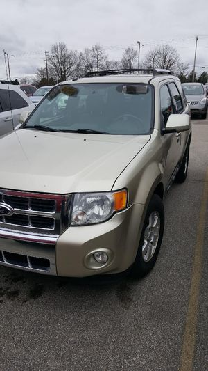2010 Ford Escape Limited for Sale in Memphis, TN