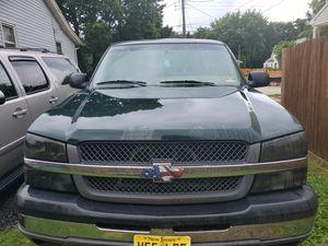 2004 Chevy silverado for Sale in Clayton, NJ