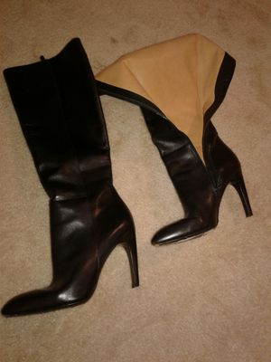 Viaspiga boots for wemen Sz 8 black leather like new for Sale in Washington, DC