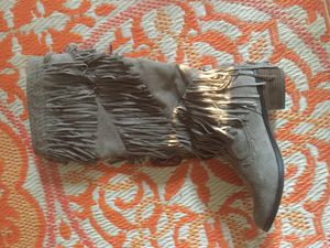 Women fringed boots size 10 for Sale in San Carlos, CA