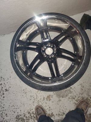 24 inch wheels and tires for Sale in Los Angeles, CA