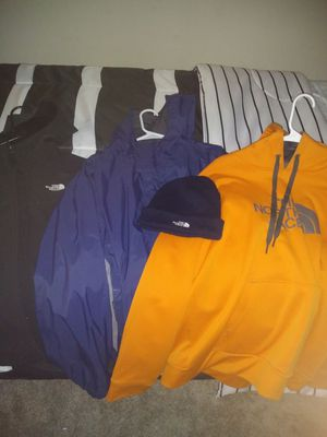 North face package . for Sale in Pickerington, OH