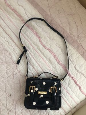 Kate spade girl hand bag for Sale in Laveen Village, AZ