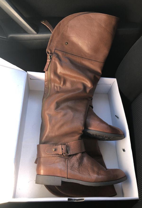 Thigh high fold over Aldo leather boots size 8