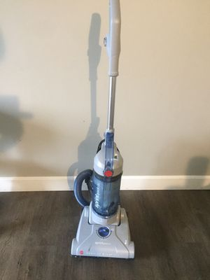 Hoover Sprint QuickVac Bagless Upright Vacuum Cleaner, for Sale in Boston, MA