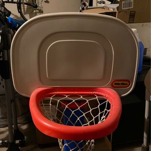 Little Tikes Basketball Hoop for Sale in Peoria, AZ