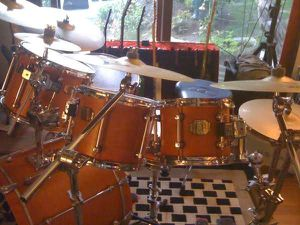 6 - PIECE PREMIER SIGNIA -- VERY RARE DRUMS for Sale in Dana Point, CA