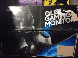 """Samsung QLED 32 inch 32"""" PC Computer Gaming Monitor with stand and original box model CHG70 for Sale in Phoenix, AZ"""
