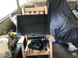 32 inch Emerson led tv for Sale in Pittsburgh, PA