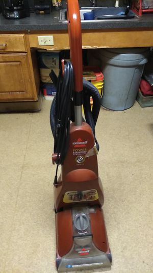 Upright Bissell carpet cleaner for Sale in Boston, MA