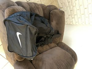 Nike Large Duffle Bag for Sale in Houston, TX