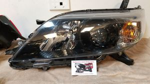 Toyota Siena 11-14 driver side headlight for Sale in Torrance, CA