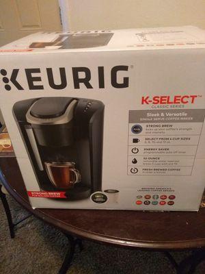 KEURIG Coffee maker for Sale in Denver, CO