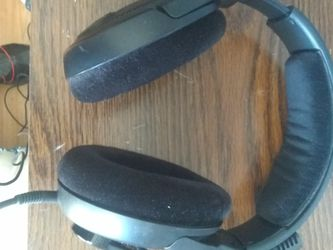 SENNHEISER headphones With Mic for Sale in Flowery Branch,  GA