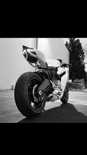 2014 Ducati 899 Panigale not 1098 1099 1199 monster 1299 yamaha suzuki Bike motorcycle for Sale in Sumner, WA
