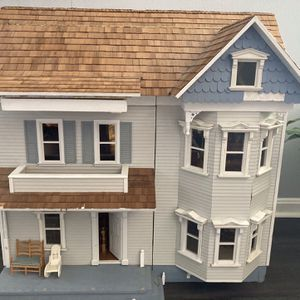 Custom Dollhouse for Sale in Upper Marlboro, MD