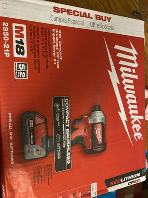 Milwaukee M18 Brushless 1/4 in. Impact Driver Kit W/ (1) 2.0 Ah Battery, Charger & Tool Bag New for Sale in San Diego, CA