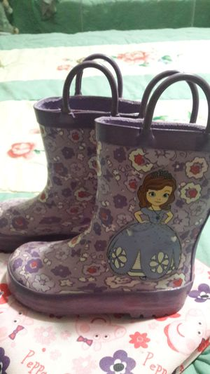 Toddler girl rain boots size 7 for Sale in Ontario, CA